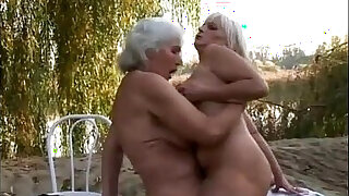 Old blondes open area lesbian sex - 22:00