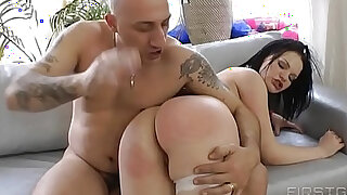 Incredible deepthroat fuck plus rita takes missile sized dildo in her ass - 36:00
