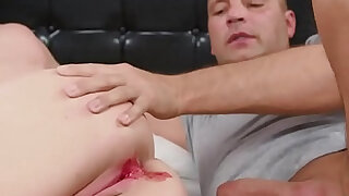 Fervent chick gapes spread muff and gets devirginized - 5:00