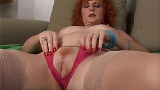 Sexy old spunker is a squirter when she masturbates - 10:00