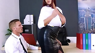 Marc rose drills emma butts pussy doggystyle - 7:00